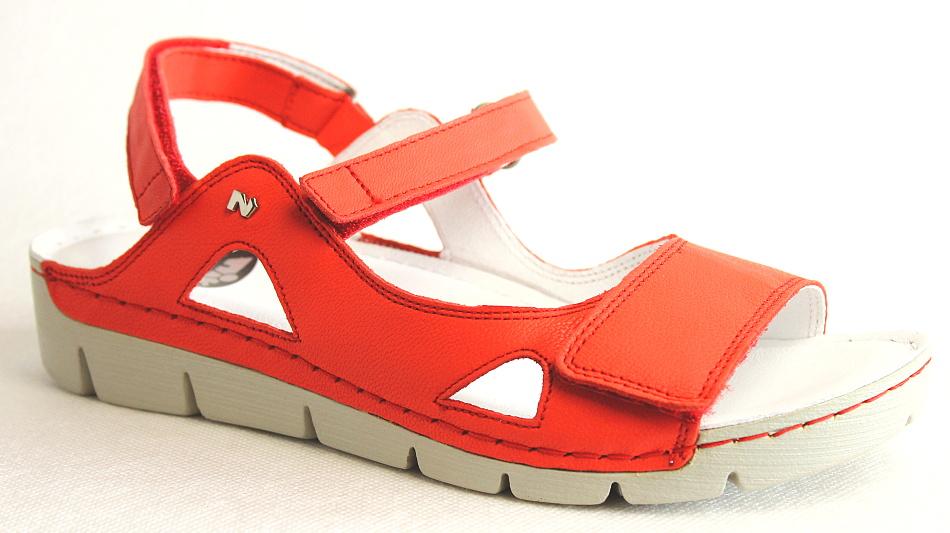 NIK 07-0221-003 červené sandály 7f0b793fa33